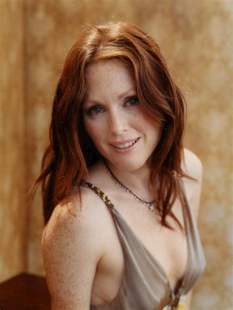 julie ann moore s hair color julianne moore collection the hottes