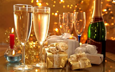 new year 2018 images with rose and wine decuration celebrate a new year gifts and wine glasses desktop backgrounds 1920x1200 wallpapers13