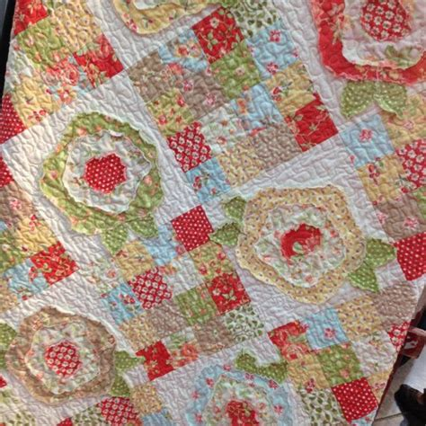 Roses Quilt Pattern by 58 Best Images About Patchwork Roses Quilt On