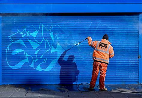 Ordinary Graffiti Proof Paint #1: Graffiti-Removal-Products-and-Anti-Graffiti-Coatings.jpg