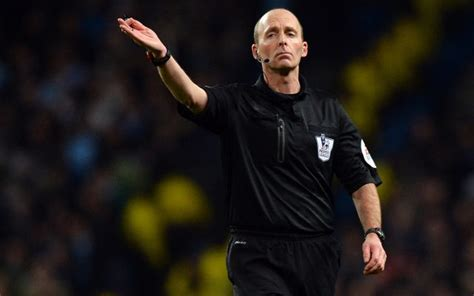 video mike dean drops nolook yellowcard amp then flair