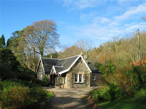 file holiday cottage by the river carra geograph org uk