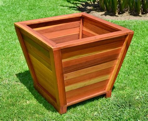Square Planter Box Plans by 17 Best Images About Planter Boxes On Diy
