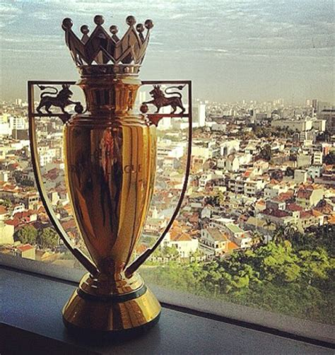 arsenal golden trophy the only gold epl trophy in history sports nigeria