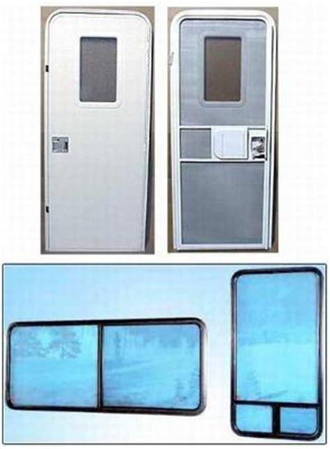 Rv Windows And Doors by Trailer Door Trailer Door 30 Quot X 70 Quot With Screen Door