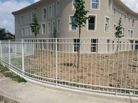 impressionante Recinzioni In Metallo Per Giardino #1: recinzioni-metalliche_NG2.jpg