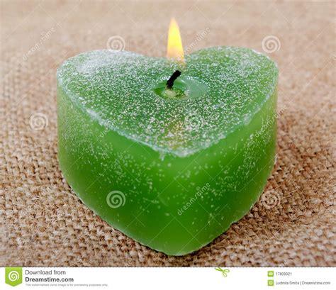 imágenes de velas verdes vela verde imagen de archivo imagen 17809021