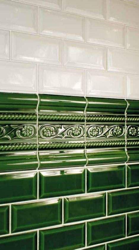 green victorian metro tile