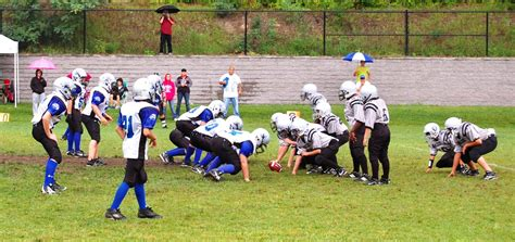 lowes londonderry nh wildcat football teams londonderry news