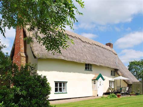 cottages in suffolk