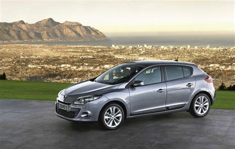 renault hatch renault unveil eagerly awaited new megane