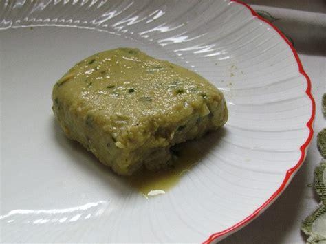 lievito secco alimentare in fiocchi spalmabile verde vegan ricette vegane cruelty free
