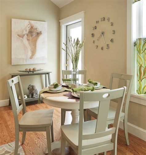 Small Round Dining Room Tables | small dining rooms that save up on space