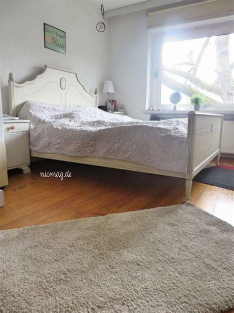 länger im bett endlich eine schwarze wand 226 im schlafzimmer