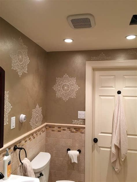 bathroom stencils 17 best images about stenciled painted bathrooms on