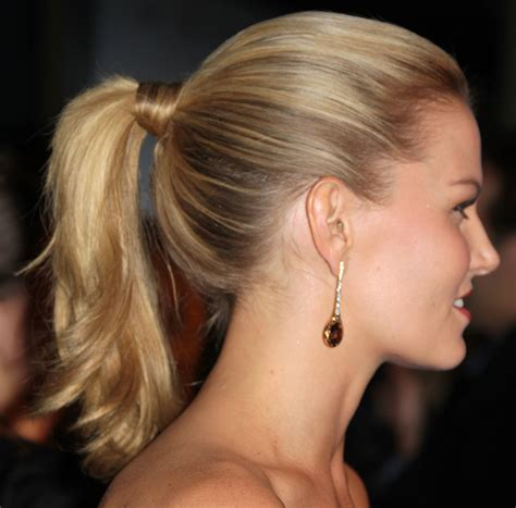 ponytail hairstyles for party 5 ways to style your hair for your work christmas party