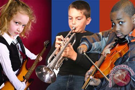 Pendidikan Orang Dewasa Ori belajar musik saat kecil bermanfaat bagi otak saat dewasa