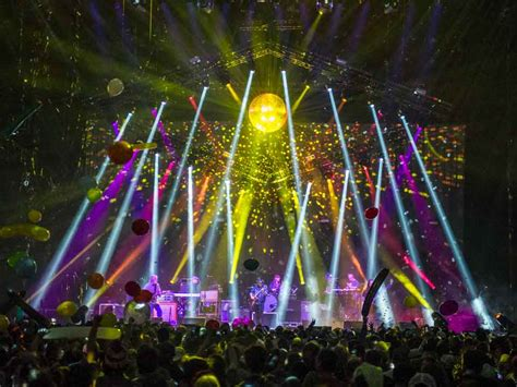 Widespread Panic Tour by Widespread Panic 187 Home