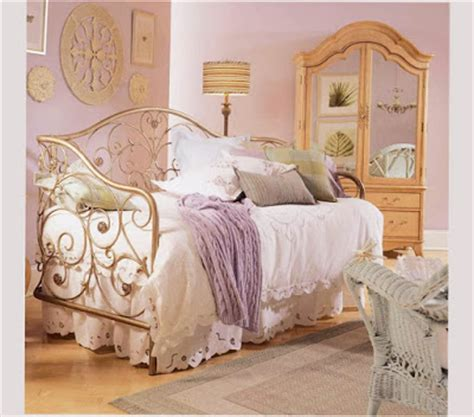 5 simple steps to vintage style bedroom vintage bedroom ideas for small room or extensive room