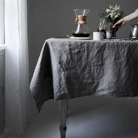 Linen Table Cloth by 25 Best Ideas About Linen Tablecloth On Grey