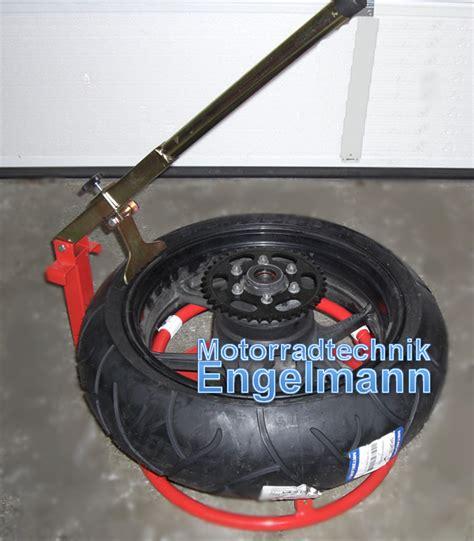 Motorrad Reifen Umziehen by Reifenmontierger 228 T Reifen Demontage Montage Montieren