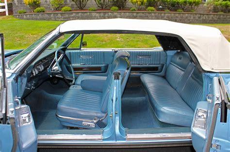 online auto repair manual 1985 lincoln continental interior lighting 1965 lincoln continental 4 door convertible 177609