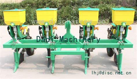 China Corn Seeder And Soybean Seeder Machine 4 Row Corn 4 Row Corn Planter