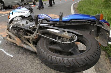 Unfall Motorrad Stuttgart by Unfall In Bad Cannstatt Zusammensto 223 Mit Motorrad Bad