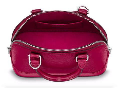 Tas Louis Vuitton Alma Bb Damier Ebene Summer 2016 M91606 the ultimate bag guide the louis vuitton alma bag