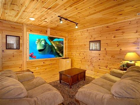 5 bedroom cabins in gatlinburg luxury 5 bedroom cabin in gatlinburg falls vrbo