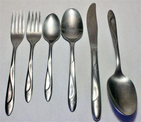 modern silverware best 25 modern flatware ideas on pinterest flatware modern forks and modern wedding present