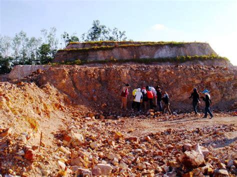 Dekorasi Batu Taman Piramid gempar fosil zaman dinosaur 260 juta tahun ditemui di kuala lipis 4 gambar ke 10