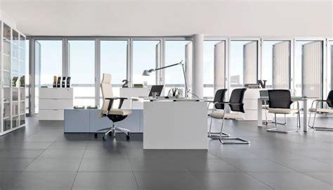scrivanie in vendita vendita arredamenti ufficio vendita scrivanie sedie e