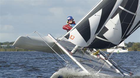 wat is een catamaran leer zeilen met een cursus catamaran op de dart 16