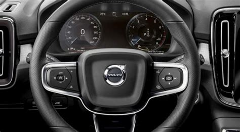 volvo xc review standout subcompact crossover heavy  safety extremetech