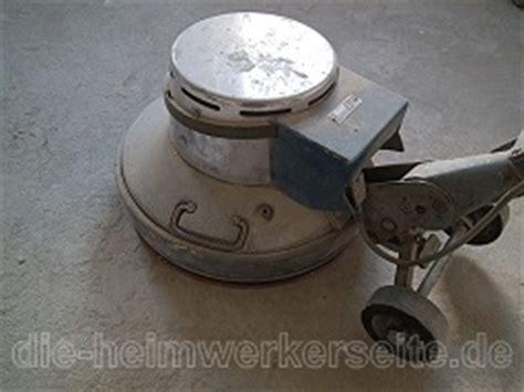 Pvc Boden Entfernen Maschine Ausleihen by Fliesen Entfernen Die Heimwerkerseite De
