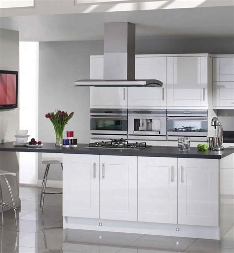 bettinsons kitchens web design leicester bettinsons shaker style kitchens both contemporary and