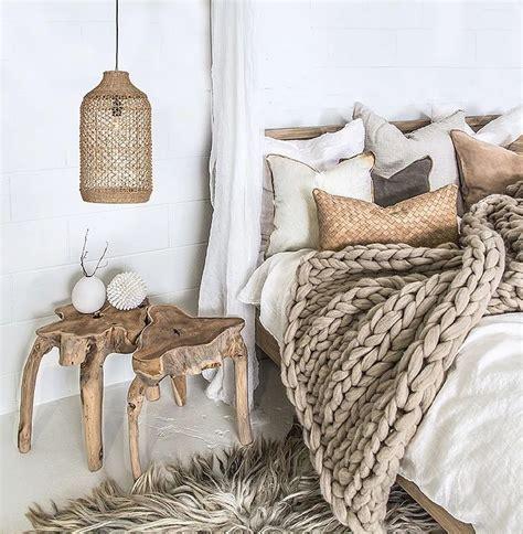 Earthy Bedroom Designs Best 25 Earthy Bedroom Ideas On Pinterest Bedroom Simple Bedroom Decor And Earthy