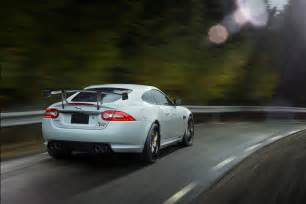 Jaguar Xkr Rear 2014 Jaguar Xkr S Gt Leaps Through Streets Of Willow On