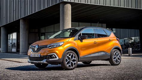 renault captur 2017 2017 renault captur facelift review if it ain t