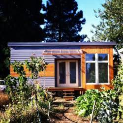 Modern Tiny Homes by Gallery For Gt Tiny Modern House On Wheels