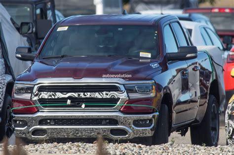 2019 Dodge Hemi by Spyshots Undisguised 2019 Ram 1500 Boasts 5 7l Hemi V8
