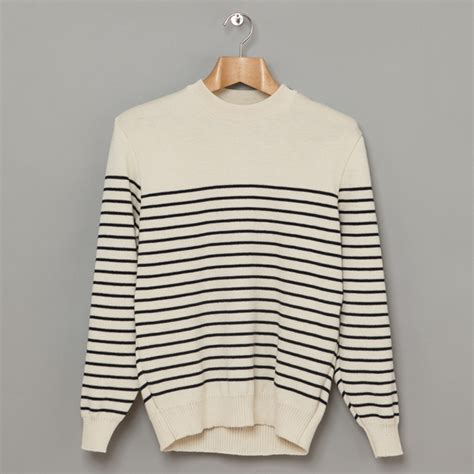 Baju Sweater Pria Original Uniqlo Sweats Henley Navy s wardrobe essentials styles of style inspiration for the modern