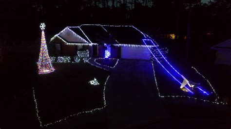 Synchronized Christmas Lights A Mad Russian S Christmas Light Synchronized