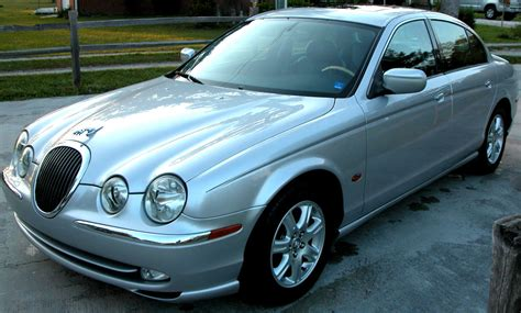 how to fix cars 2002 jaguar xj series free book repair manuals service manual how to disable chime on a 2002 jaguar xj series remove windshield from a 2002