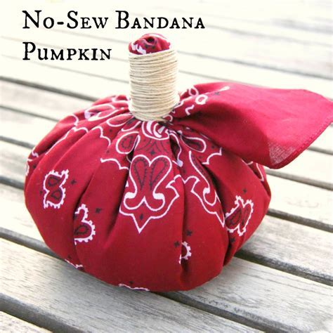 Pumpkin DIY: No Sew Bandana Pumpkin   Crafts Unleashed