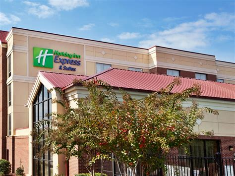 carolina comfort columbia sc holiday inn express suites columbia downtown hotel by ihg