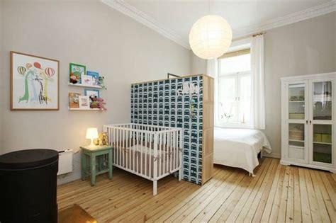 babyecke im schlafzimmer ideen wie ein schlafzimmer teilt mit baby und mit stil