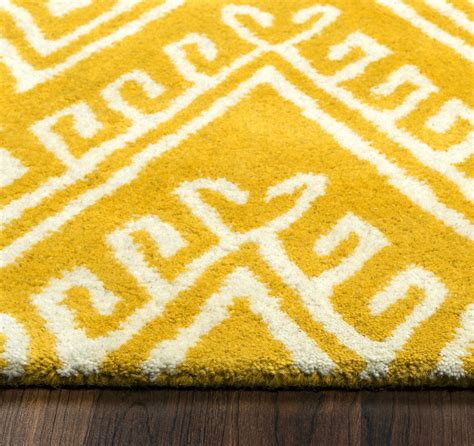 Chevron Pattern Area Rugs Bradberry Downs Chevron Pattern Wool Area Rug In Gold White 3 X 5