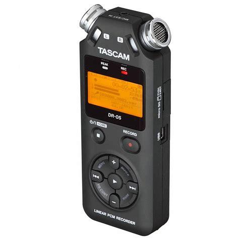 Tascam Dr 05 Handheld Stereo Recorder tascam dr 05 v2 171 digital recorder